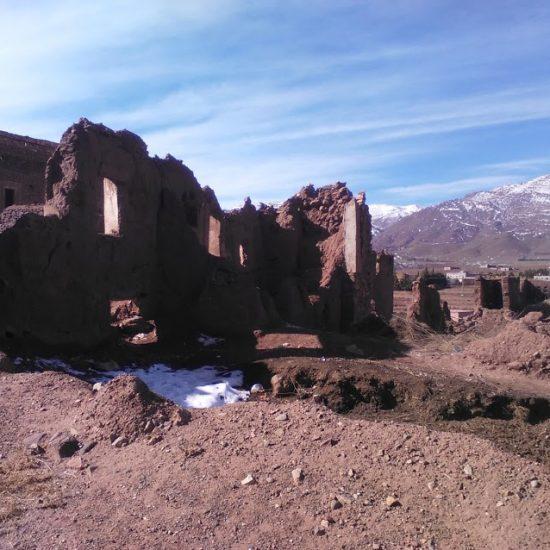 Kasbah en ruina con nieve